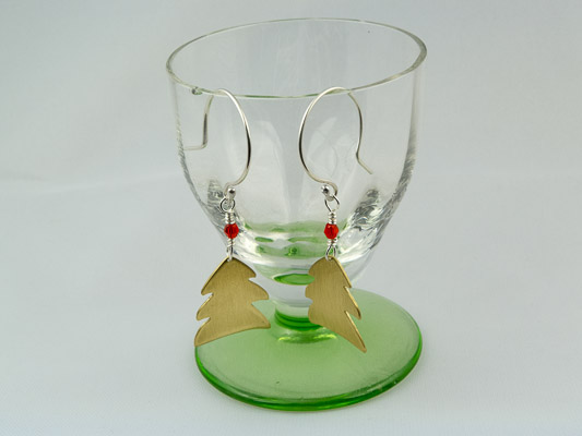 christmas tree earrings in brass and silver €20.50