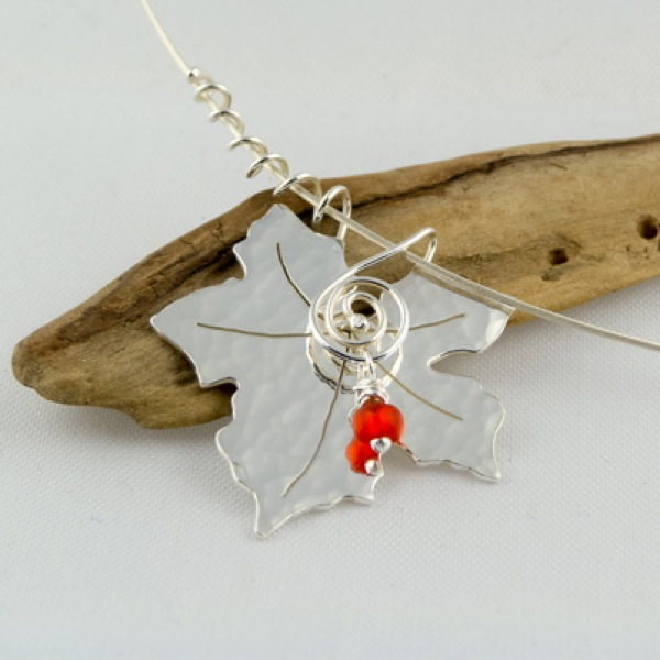 picture of silver bryony leaf necklace