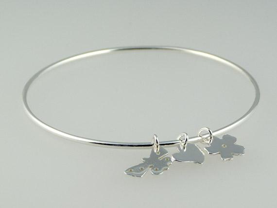 silver charm bangle €32.50