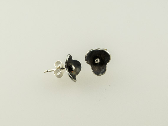 silver forget me not post earrings €19.00