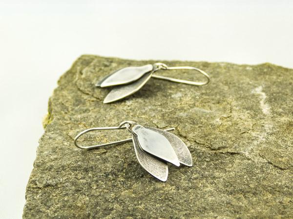 silver snowdrop earrings €37