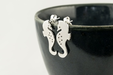 Silver Seahorse Earrings