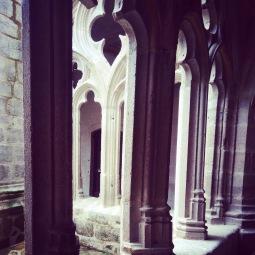 cloister, La Chiase Dieu